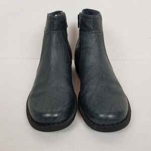 Clarks bendables booties Size 10 M